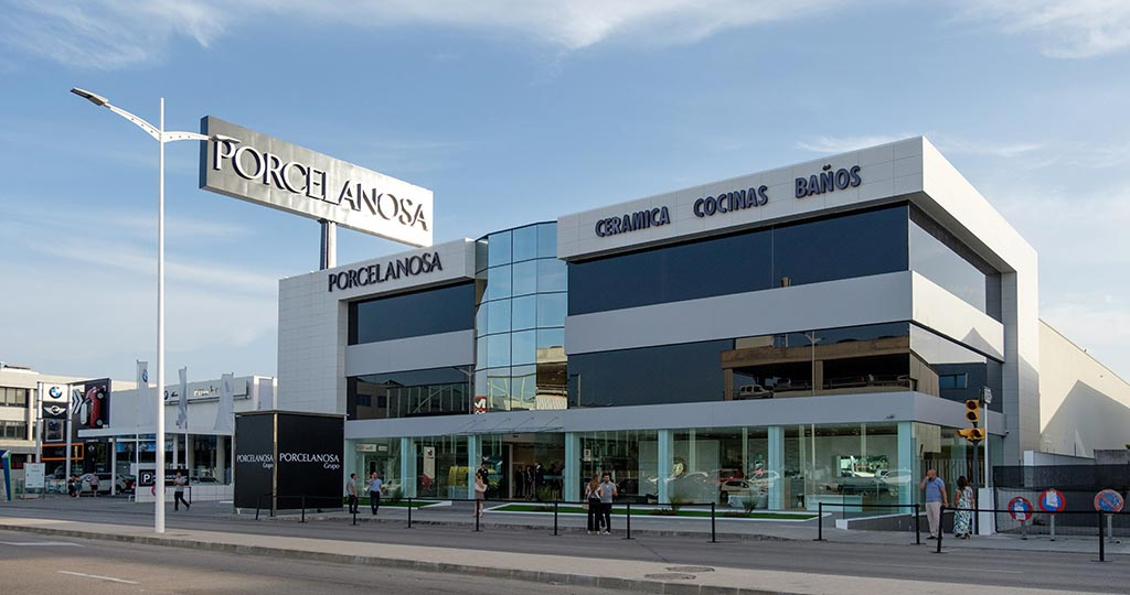The PORCELANOSA Grupo presents its renovated showroom in Palma, Mallorca