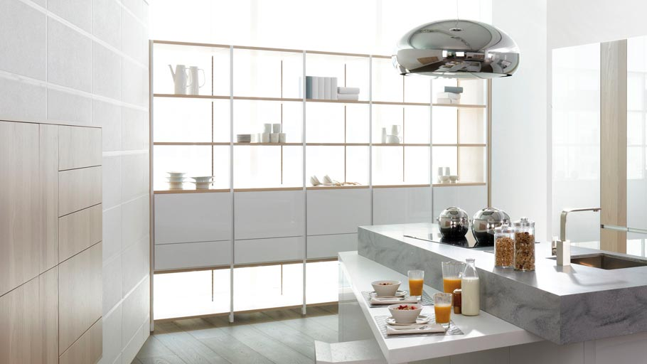 Connecting practical storage spaces with the Emotions columns and open shelving