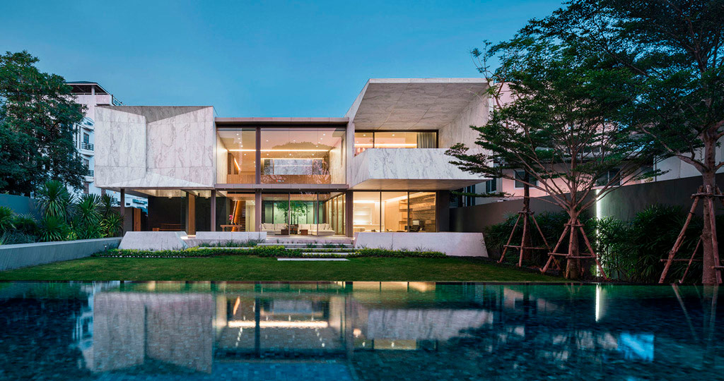 PORCELANOSA Grupo Projects: Marble House, the essence of marble fits in perfectly with the landscape of Bangkok