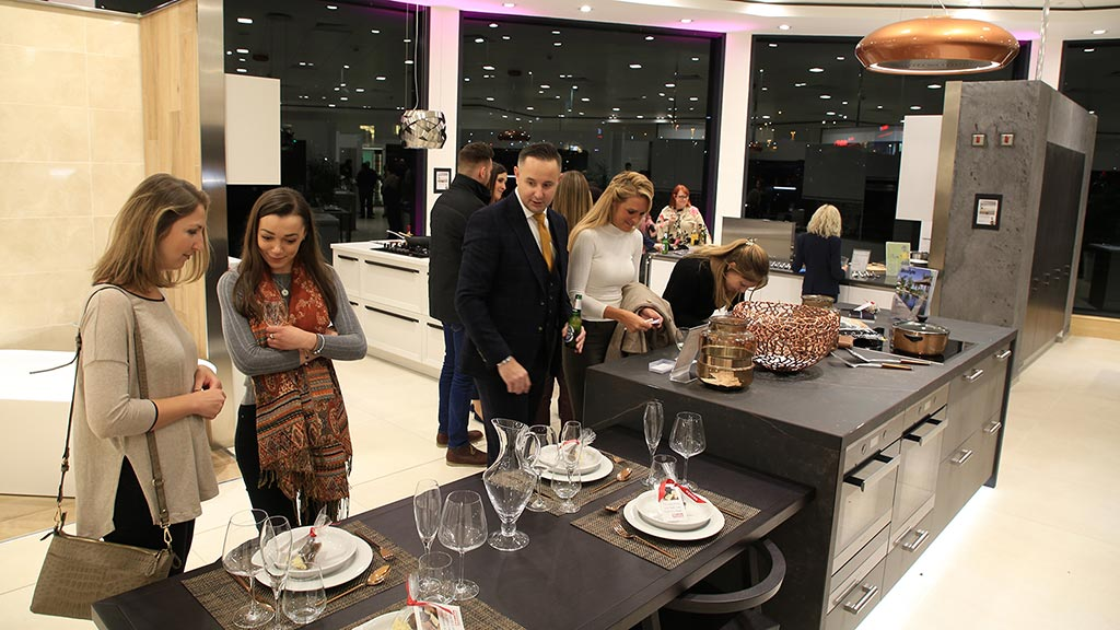 Celebrity Chef kicks off new kitchen range at Bristol Show Room to hungry guests