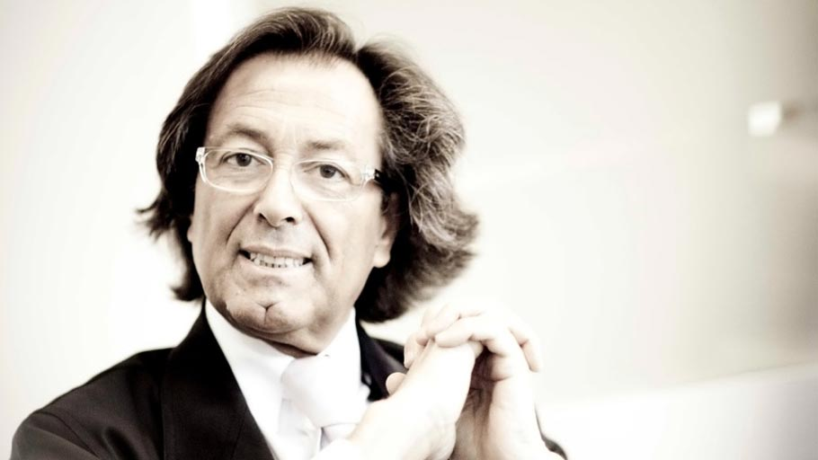 The 9th PORCELANOSA Grupo Awards Jury: Julio Touza from Touza Arquitectos