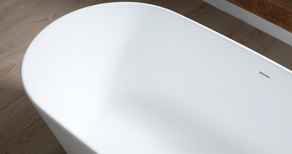 Slim and Arch: relaxing in the bathroom with the new freestanding bathtubs from KRION®