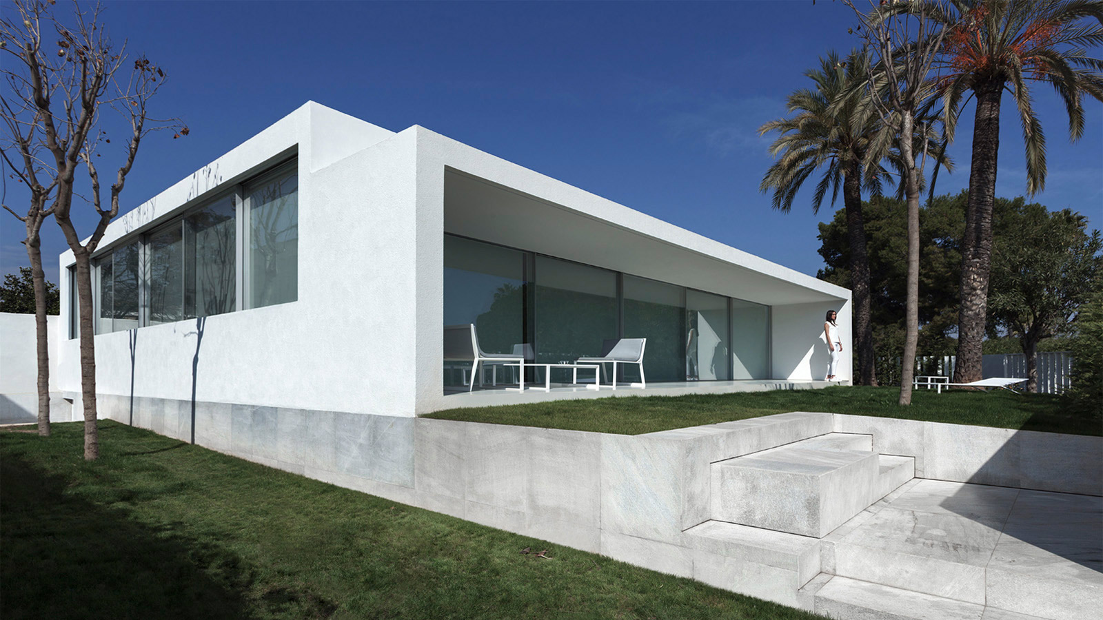 PORCELANOSA Group Projects: La Casa de la Brisa de Fran Silvestre
