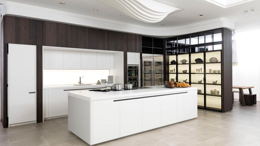 White kitchens. Timeless everlasting kitchens