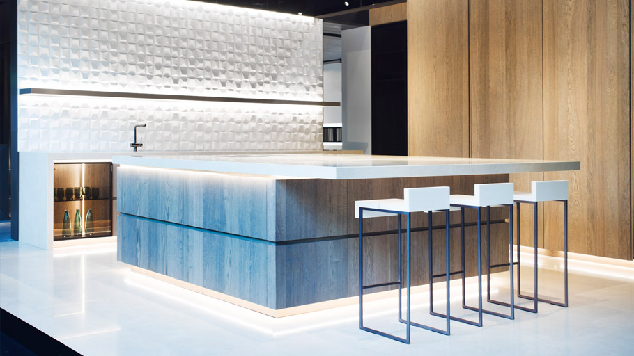 PORCELANOSA Group and Ramón Esteve delight EuroCucina 2016 with the two latest Premium kitchens