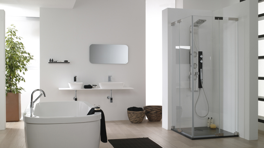 Customize your bathroom with Systempool shower screens