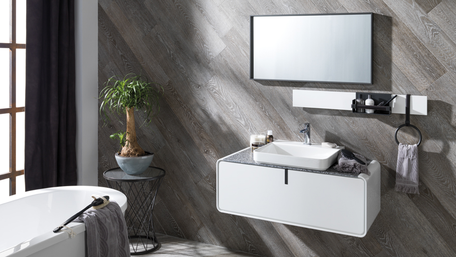 Gamadecor completes the Ciclo collection by means of new shining finishes