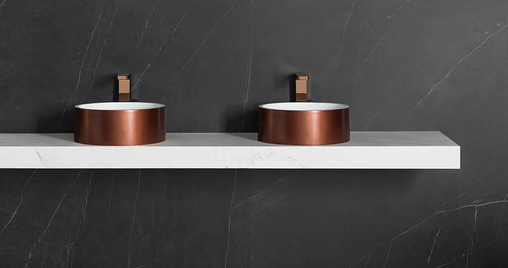 3-Way and Unique: new basins in KRION® with a metal finish