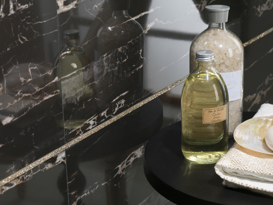 Cersaie 2014: Butech adds jewels to its Crystal profiles with Swarovski elements