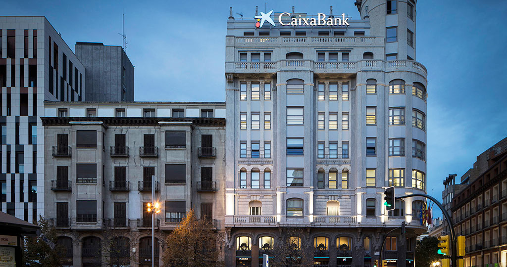 PORCELANOSA Group Projects: natural inspiration and trendiness at the Caixa Bank offices in Zaragoza