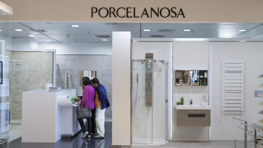 New Porcelanosa space in El Corte Inglés from Paseo Castellana