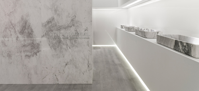 Calacatta by L'Antic Colonial: sculptured natural stone washbasins