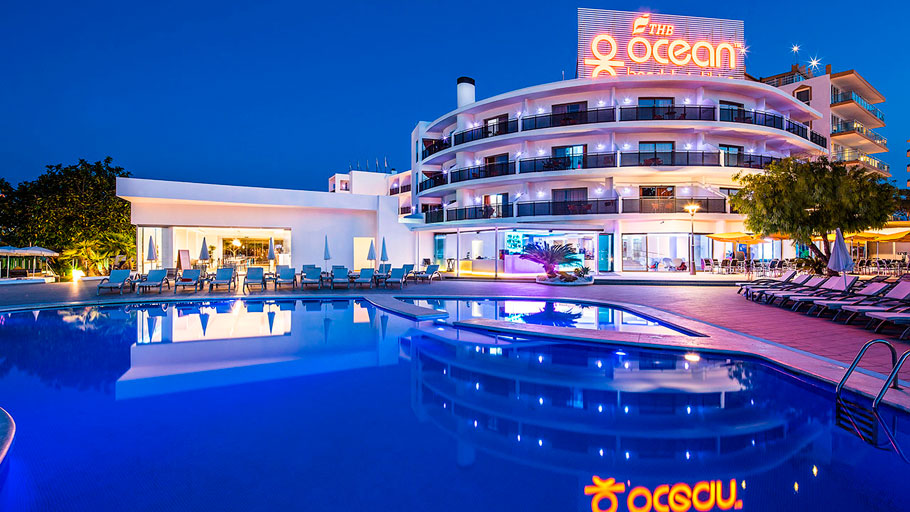 PORCELANOSA Group Projects: Mediterranean style and modernity in the THB Ocean Beach Ibiza hotel