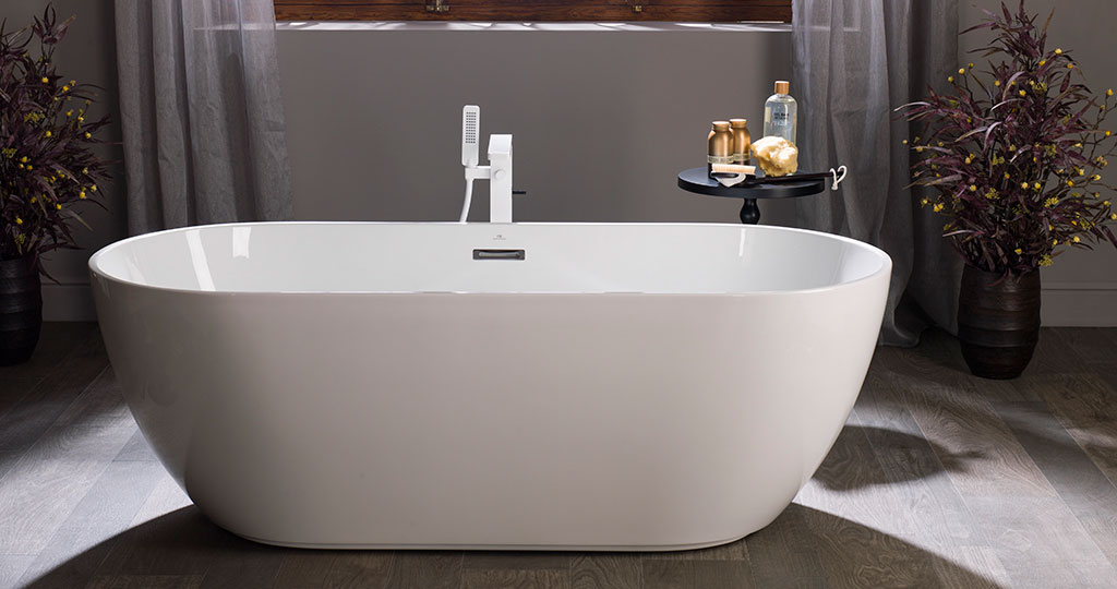 Bathrooms with showers vs bathrooms with bathtubs: design your space by balancing elegance with being practical