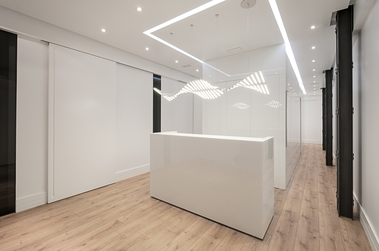 PORCELANOSA Group Projects: A Dental Practice in Málaga