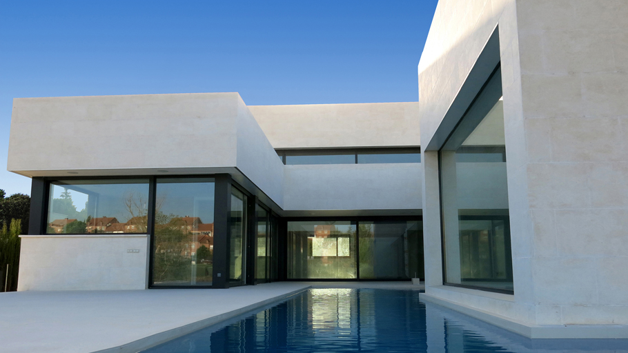 8th Porcelanosa Awards Finalists: Reyes house, in completed projects