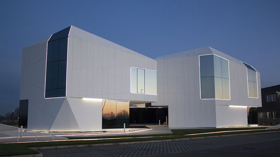 PORCELANOSA Group Projects: New corporate headquarters in Carpi (Italy)