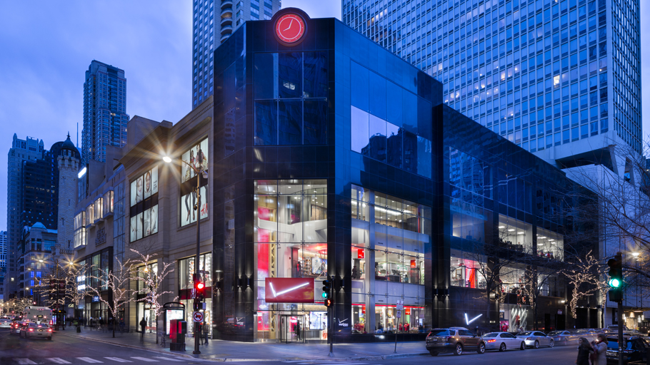 Projects PORCELANOSA Group: Verizon store in Michigan Avenue, Chicago