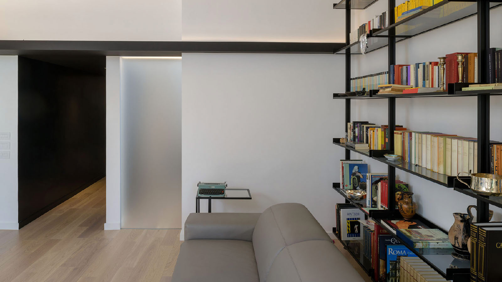 Porcelanosa Grupo Projects: a complete renovation in a single-family home in Rome