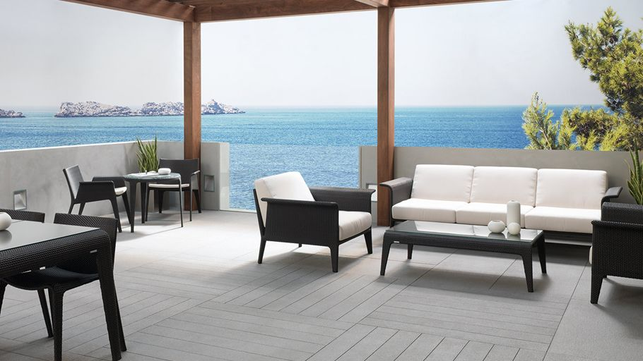 Terraces with personality: nature and sustainability with the through body porcelain from Urbatek