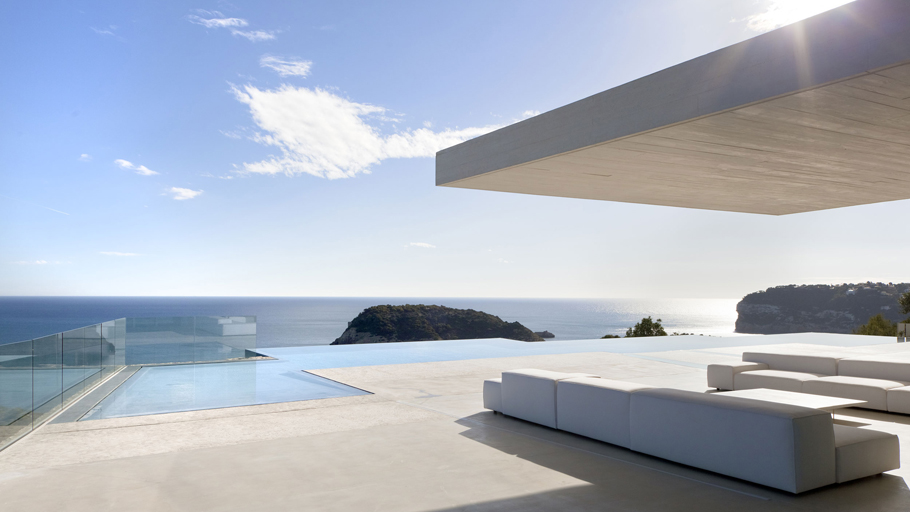 8th PORCELANOSA Awards: Casa Sardinera by Ramón Esteve Estudio