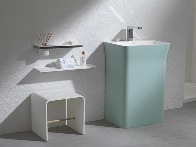 K: the first bathroom accessory collection made with Krion®