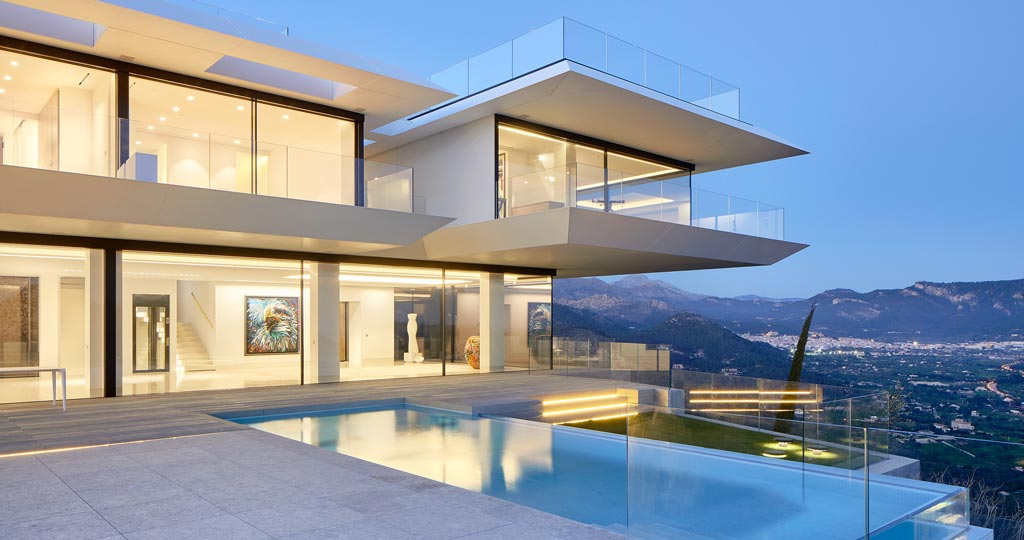 The 10th PORCELANOSA Awards: KRION® in all its versions in a single-family house in Mallorca