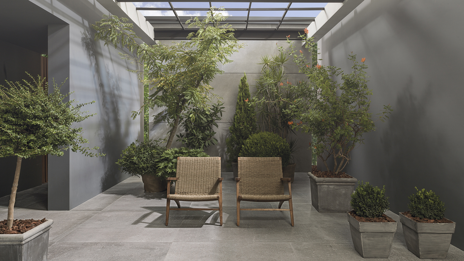 The Bottega collection by Porcelanosa: industrial style elegance