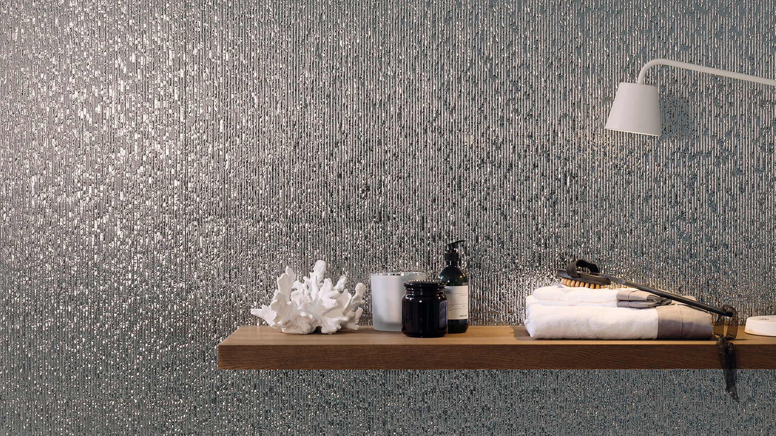 Metallic collections: Sculptural pieces with the Porcelanosa trademark