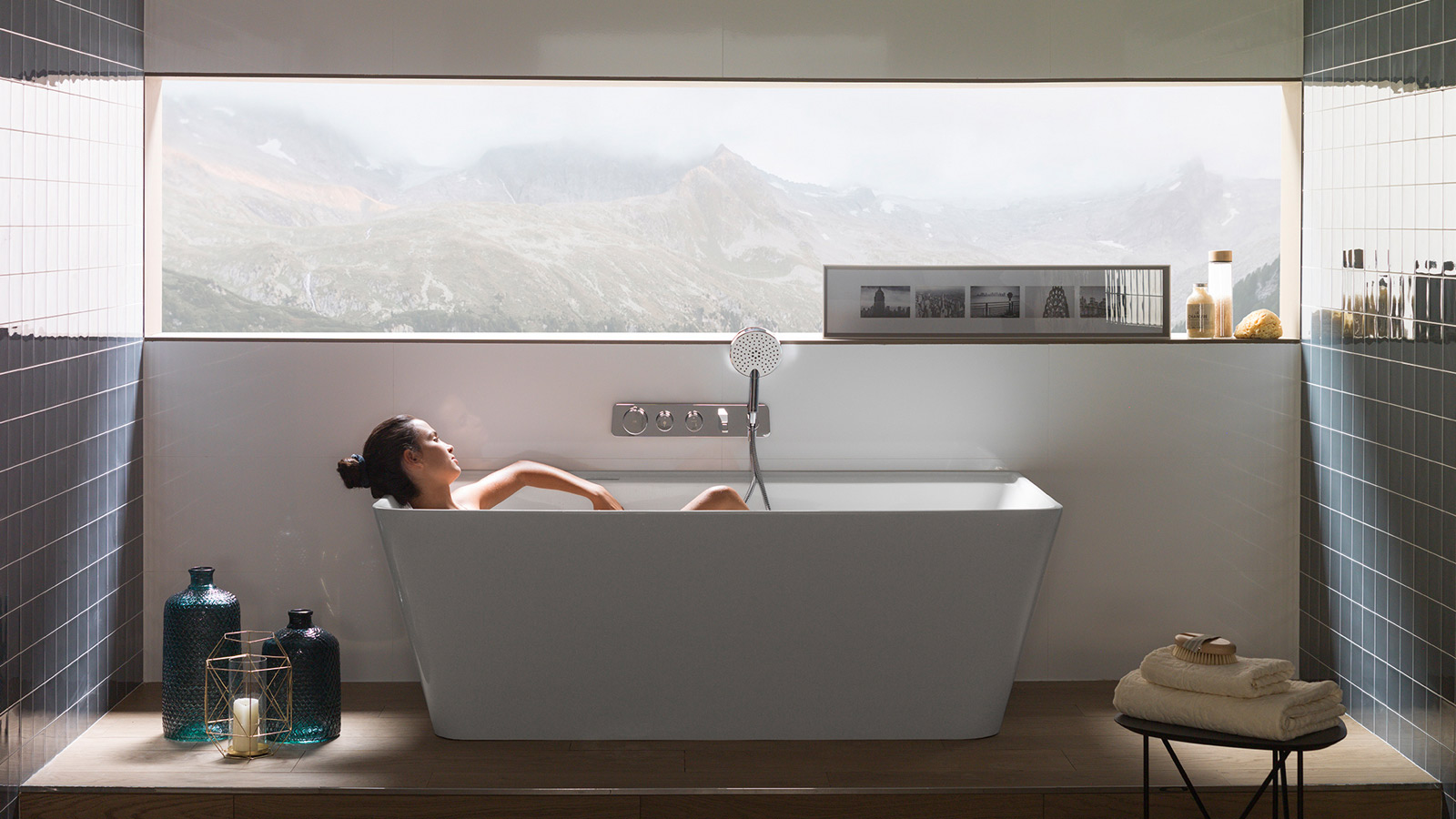 The Pure Line collection by Noken enhances the Wellness experience through hydrotherapy and chromotherapy alike