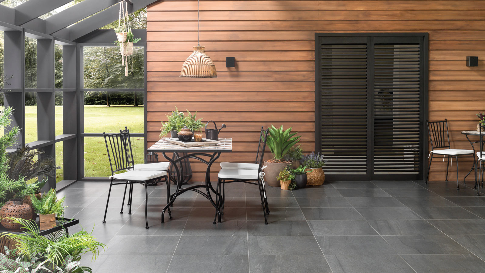 Spring-like spaces with materials from PORCELANOSA Grupo