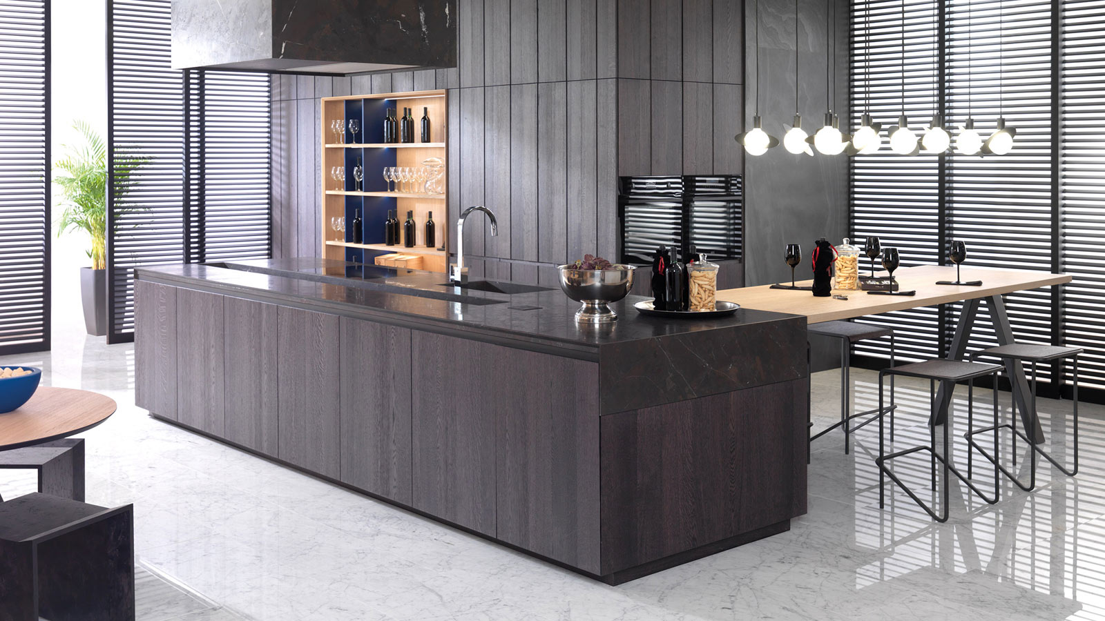 Dark kitchens: innovation, brightness and originality