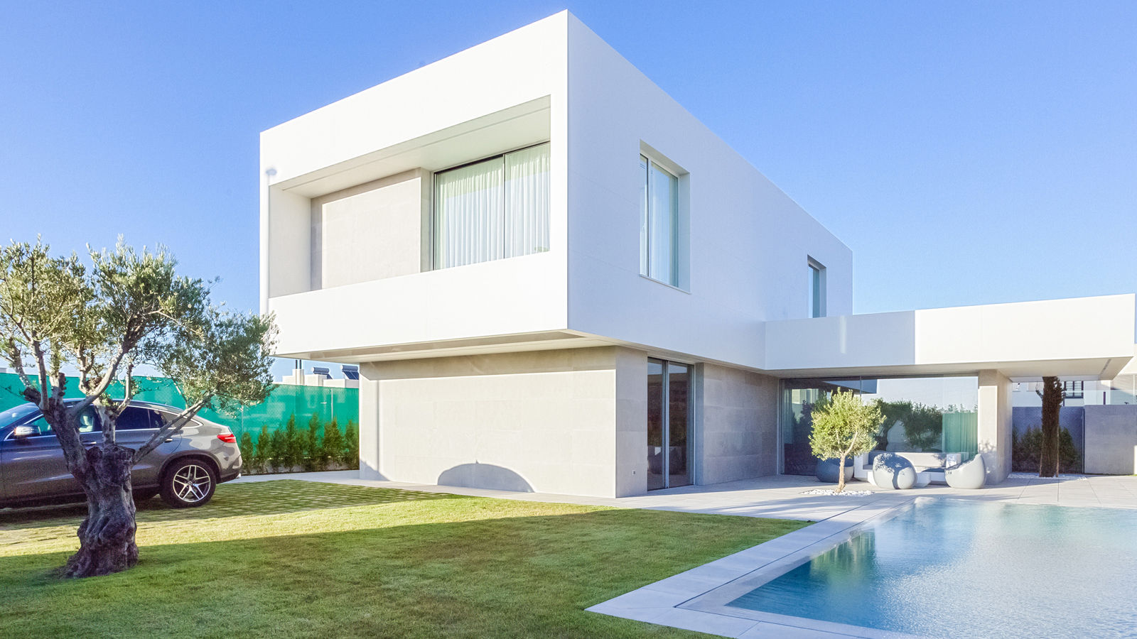 PORCELANOSA Group Project: An architectural review of the white villages in Jerez de la Frontera