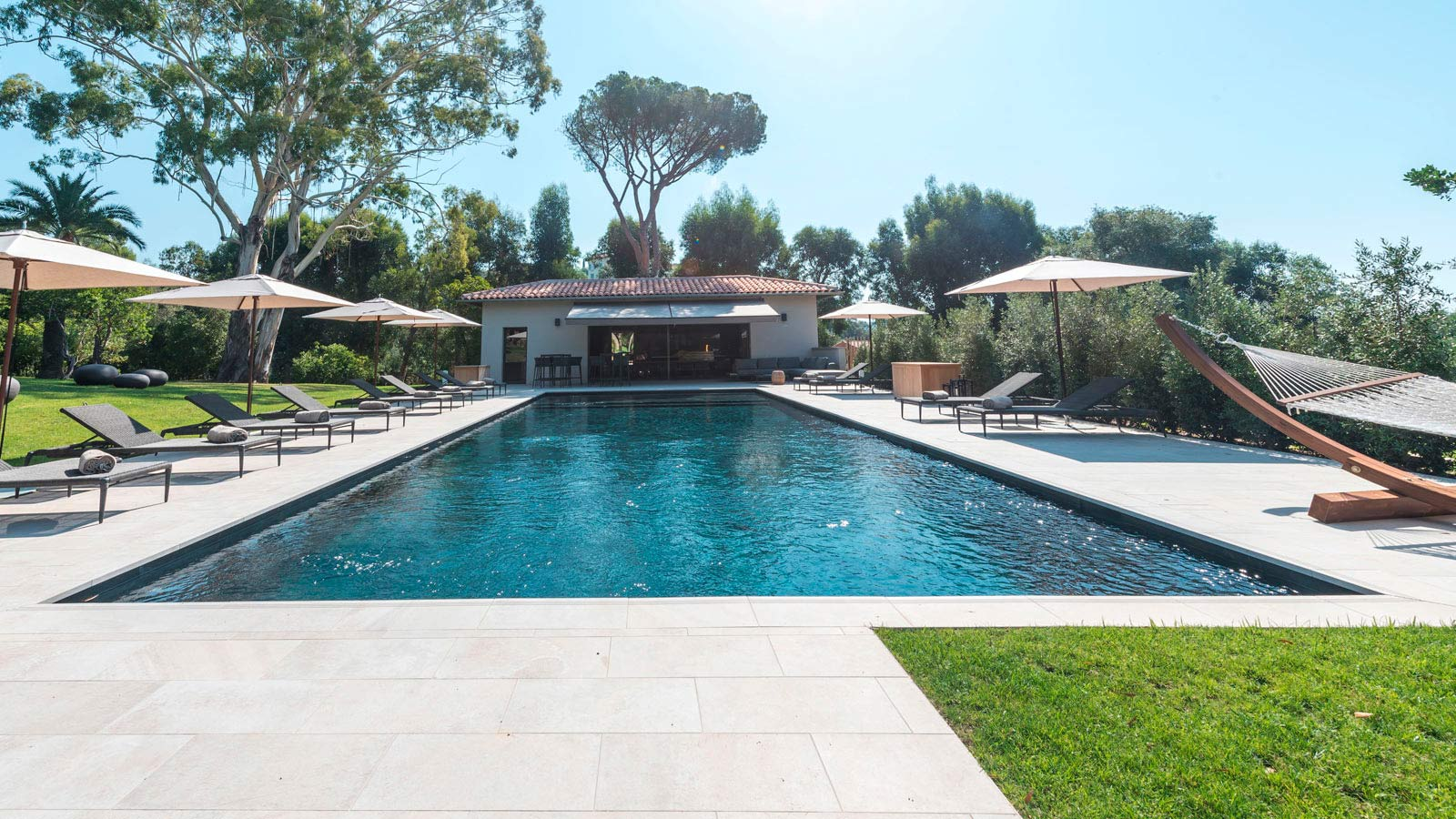 PORCELANOSA Group Projects: Domaine Louise, an oasis in French Provence