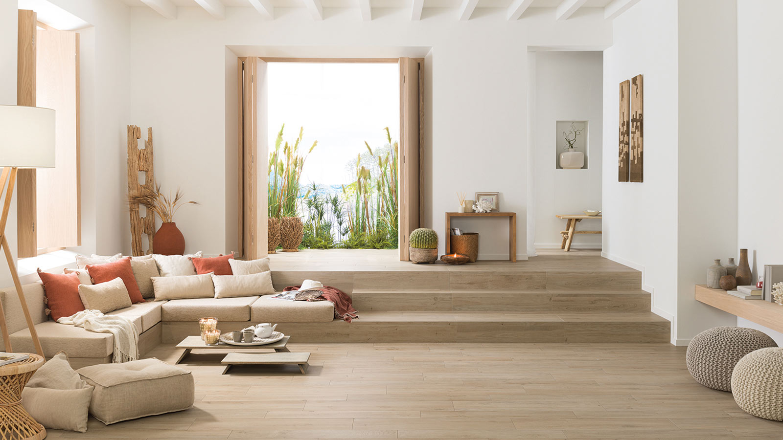 Mediterranean style houses with the Porcelanosa collections