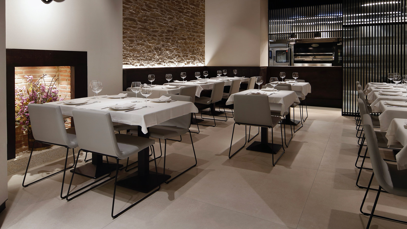 PORCELANOSA Group Projects: Mesón Sancho, tradition and modernity in a single dish