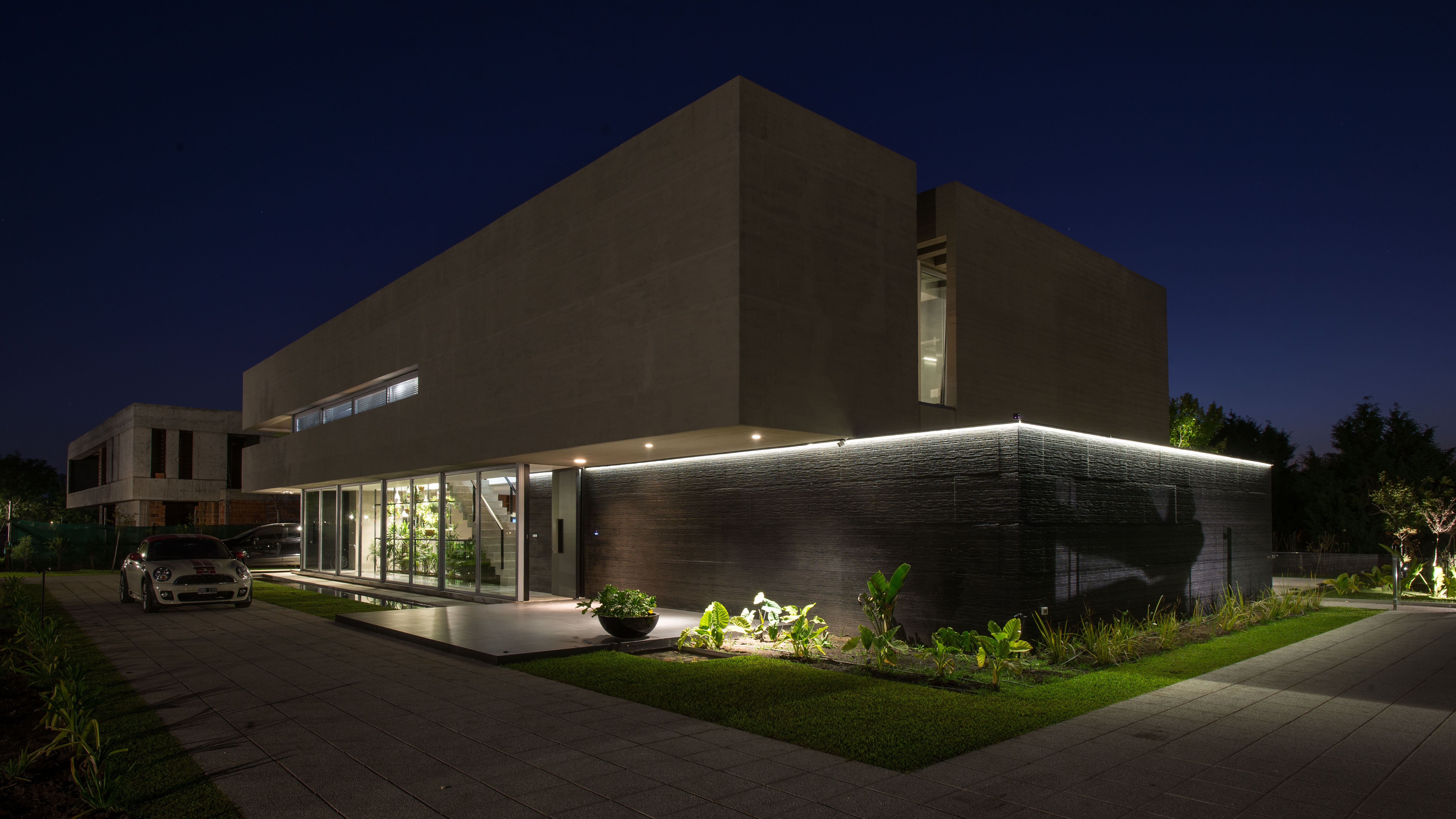 PORCELANOSA Group Projects: A high-end property in Argentina in harmony with nature