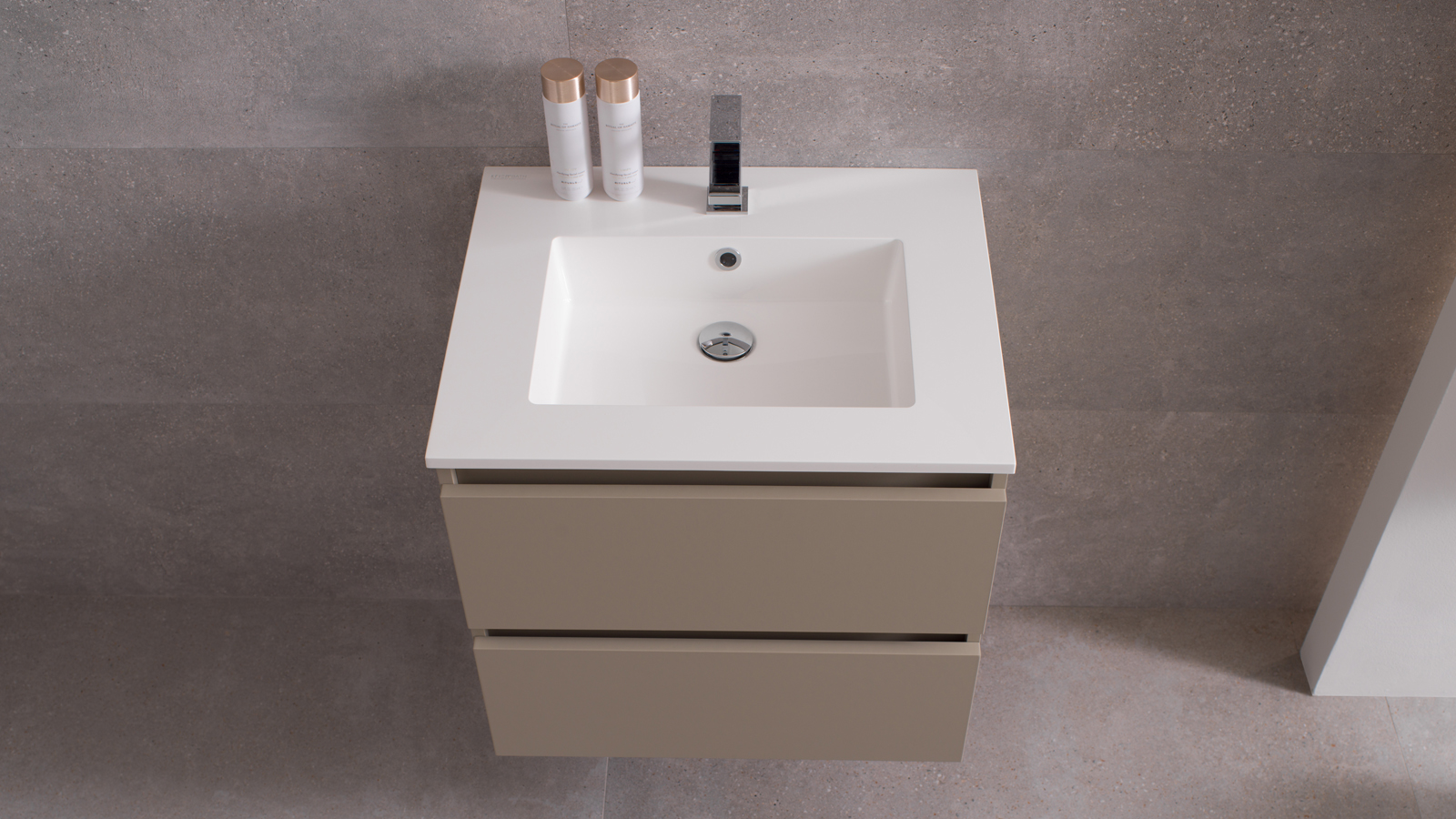Smart: Krion's ultra versatile bathroom furniture